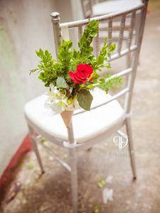 Bàn ghế cưới hỏi trang trí hoa