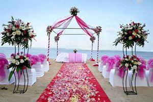 Cổng hoa lãng mạn