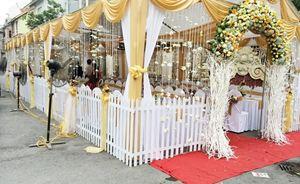 Nhà bạt cưới hỏi tông vàng
