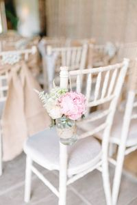 Bàn ghế cưới hỏi trang trí