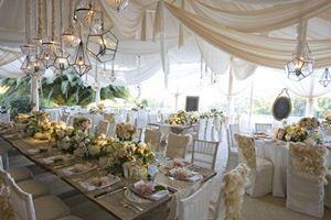 Nhà bạt cưới hỏi tông trắng