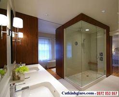 Vách kính phòng tắm góc vuông