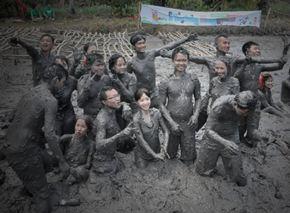 Muddy Dash - Vượt chướng ngại vật sình (Cần Thơ)