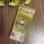 Sữa rửa mặt bà già hoa cúc của Nga có tốt không