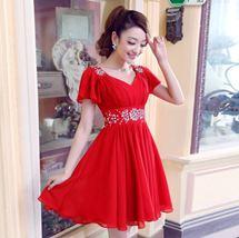 váy ngắn tay cánh ( 2 màu đỏ ,hồng )