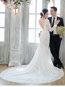 Váy cưới đuôi cá cổ điển