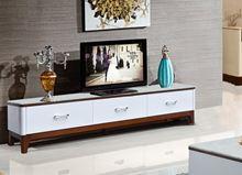 Kệ tivi gỗ tự nhiên sơn trắng KTV17