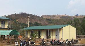 Nhà lắp ghép làm cho giáo viên vùng cao Đồng Văn - Hà Giang