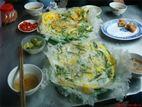 Hương vị độc đáo trong món bánh khoái tép xứ Thanh