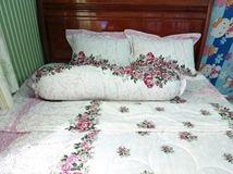 Grap giường khách sạn 06
