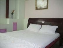 Grap giường khách sạn 04