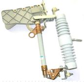 Cầu chì cắt có tải (LBFCO)- Cách điện sứ