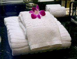 Khăn bông tắm khách sạn 01