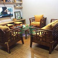 Không gian phòng khách mới lạ với mẫu sofa gỗ tự nhiên hiện đại phong cách Grand bois