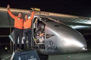Máy bay chạy bằng pin mặt trời vượt Đại Tây Dương