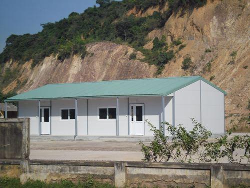 Nhà lắp ghép panel tôn xốp 1 tầng