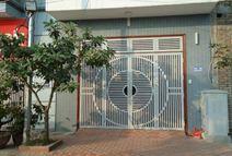 Bạn có nên cài đặt một cánh cửa thép vững chắc trong nhà ?
