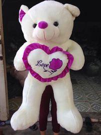Gấu trái tim Love
