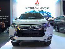Xe Mitsubishi Pajero Sport Premium máy dầu 1 cầu số tự động 8 cấp