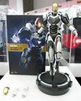 Iron Man 3 Movie Masterpiece Iron Man Mark 39 Starboost 1:6