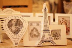 Khung ảnh Khinh khí cầu và tháp Eiffel