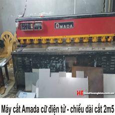 Máy cắt AMADA