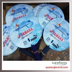 Quạt nhựa tròn cán đũa Yamaha