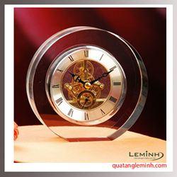 Đồng hồ để bàn pha lê 009