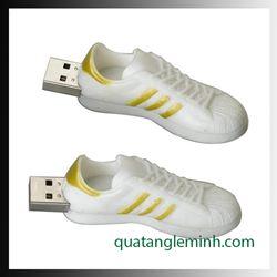 USB quà tặng - USB 3D 024