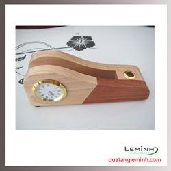 Đồng hồ gỗ để bàn khắc logo - 006