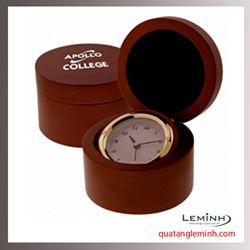 Đồng hồ gỗ để bàn khắc logo - 004
