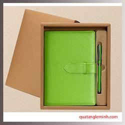 Bộ quà tặng Giftset 2 sản phẩm Bút ký + Sổ tay A5 gáy cài