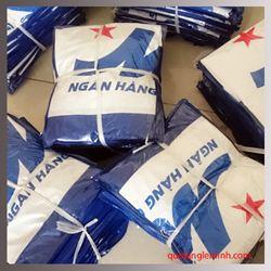 Áo mưa cánh dơi in logo - KH MB Bank