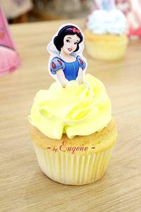 Cupcake Bạch Tuyết