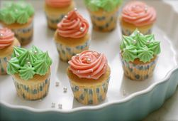 Bánh Cup Cake