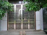 Mẫu cổng inox 07