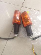 Đèn xi nhan chân to dùng cho cb400 và nhiều loại xe pkl
