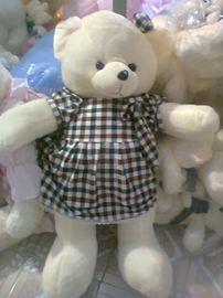 Gấu váy kẻ