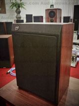 Tannoy T145 Monitor series