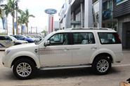 Ford Everest  4X2 MT
