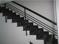 cầu thang sắt 9