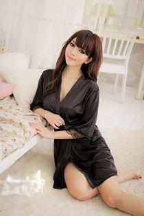 Áo Choàng Mong Manh Đen 0346