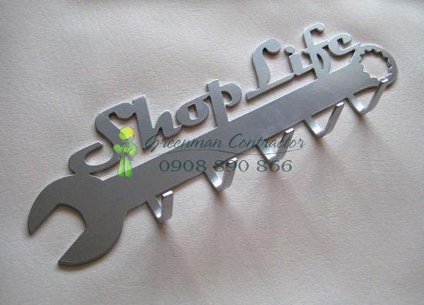 moc-treo-ao-shop-life