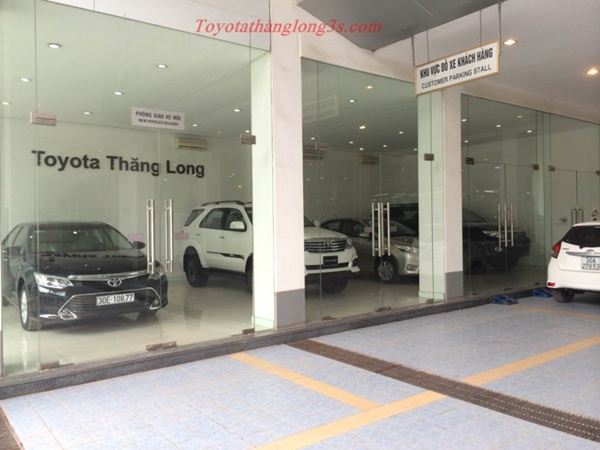 khuyến mại mua xe Toyota Thăng Long