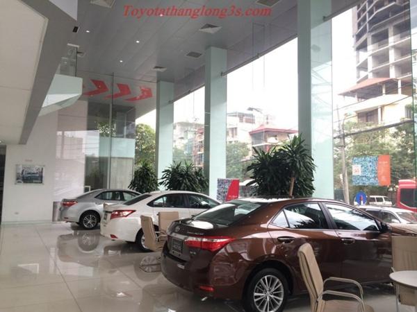 Toyota altis khuyến mại lớn 2016