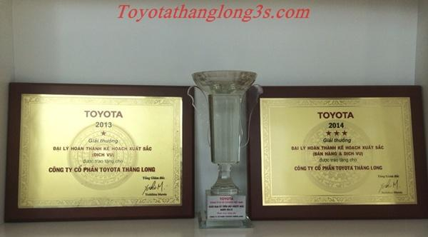 Gai thuong dai ly toyota thang long 2013