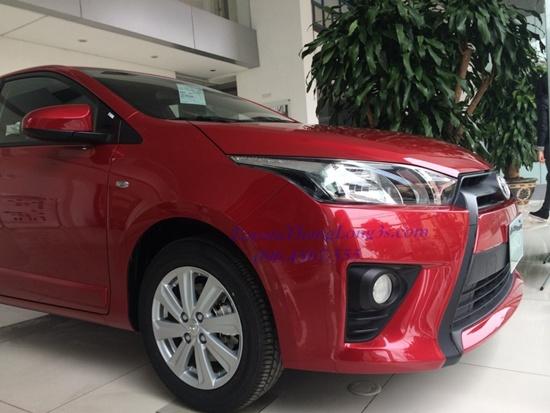 Đầu xe Toyota yaris e 2017
