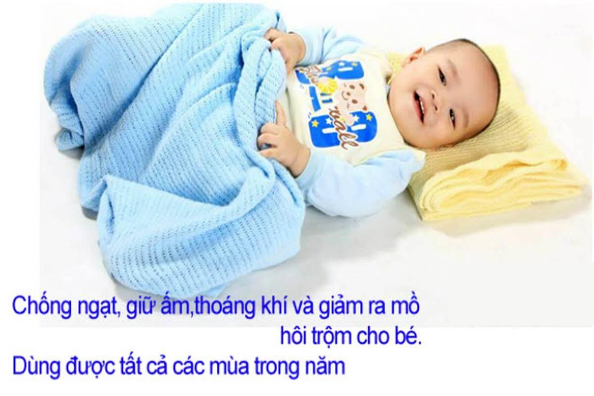 chan_luoi_nga_cho_be_so_sinh
