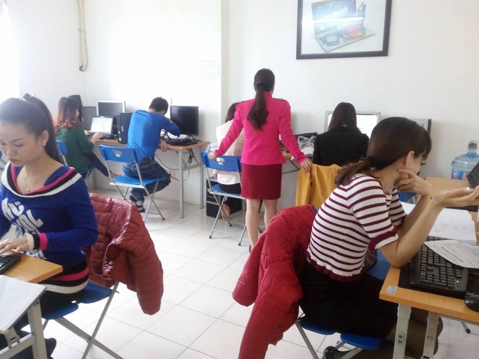 không gian lớp học kế toán