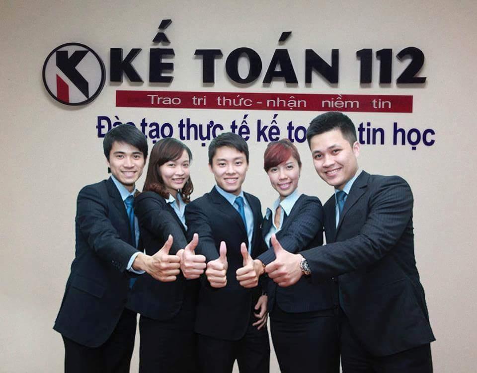 Đội ngũ giảng viên của Kế toán 112